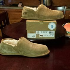 045c34674db Pin by Tanger outlets Inc on Ugg slippers-Romeo for men | Pinterest ...