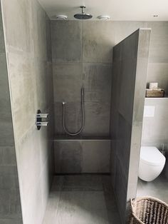 The Best 2019 Interior Design Trends - Interior Design Ideas Modern Bathrooms Interior, Bathroom Design Luxury, Small Bathroom Layout, Master Bathroom Shower, Concrete Bathroom, Toilet Design, Bathroom Inspiration, Dividing Wall, Sloped Ceiling