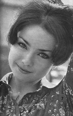 Éva Szerencsi - was a Hungarian actress. Old Photos, Vintage Photos, Foto Portrait, Celebrity Gallery, Iconic Women, Celebs, Celebrities, Hungary, Movie Stars