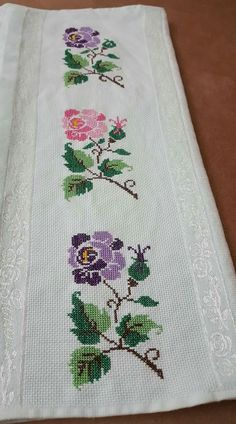 This Pin was discovered by Asu Folk Embroidery, Embroidery Stitches, Embroidery Patterns, Sewing Patterns, Cross Stitch Boards, Cross Stitch Rose, Cross Stitch Flowers, Cross Stitch Designs, Cross Stitch Patterns