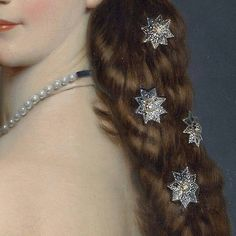 Empress Elisabeth of Austria ordered a set of twenty-seven stars comprised of diamonds and pearls from the Vienna jewellers Köchert — they were immortalized in this well-known portrait which Franz Xaver Winterhalter painted of the empress #EmpressSissi #greatjewelrycollectors
