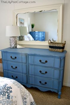 Greek Blue Furniture Makeover and the Cottage that started it all Greek Blue Chalk Painted Dresser from Rinzema (thelilypadcottage) Chalk Paint Dresser, Blue Chalk Paint, Chalk Paint Furniture, Furniture Projects, Annie Sloan Chalk Paint Greek Blue, Blue Furniture, Colorful Furniture, Vintage Furniture, Diy Furniture