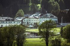 Colani, Mansions, House Styles, Home, Luxury, Manor Houses, Villas, Ad Home, Mansion