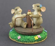Charming Tails YOU TURN MY LIFE AROUND Fitz Floyd Mouse Merry-Go-Round Figurine