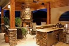 Kitchen Photos and Ideas for your Backyard and Patio design projects. All about Backyard decoration and design ideas Rustic Outdoor Kitchens, Outdoor Kitchen Design, Outdoor Rooms, Outdoor Living, Outdoor Decor, Kitchen Rustic, Vintage Kitchen, Design Grill, Küchen Design
