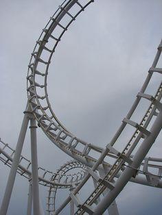 cuando veo esta foto inmediatamente recuerdo el sonido del roller coaster y los gritos de la gente :D sweet