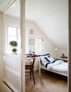 house tours, cottage houses, loft bedrooms, white rooms, white bedrooms