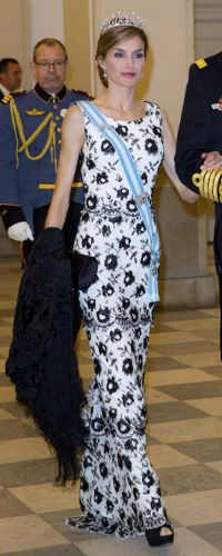 15 Apr 2015 - King Felipe & Queen Letizia attend Queen Margrethe's 75th birthday. Click to read more