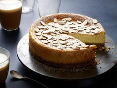 Ricotta Cheesecake with Almonds This Italian-style cheesecake features a crisp crust made with crushed biscotti and toasted almonds. Include some almond extract and amaretto liqueur in the filling for an extra dose of nutty flavor.