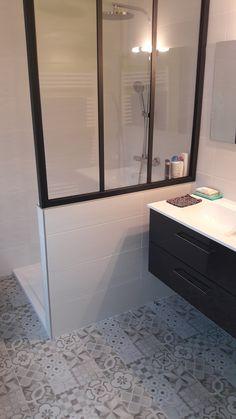 Bathroom Interior, Shower Bath, House Ceiling Design, Laundry Room Bathroom, Bathroom Decor, Home Decor Accessories, Bedroom Deco, Shower Room, Home Decor
