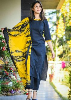 Black Straight Kurta with Pants and Dupatta contact : Simple Kurta Designs, Silk Kurti Designs, Churidar Designs, Stylish Dress Designs, Kurta Designs Women, Kurti Designs Party Wear, Salwar Kameez Neck Designs, Punjabi Suit Neck Designs, Stylish Dresses