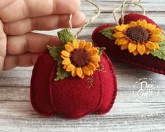 Pumpkin ornaments with Sunflower, Fall decorations, Autumn decor, Wool Felt ornament - 1 ornament Fall Felt Crafts, Fall Pumpkin Crafts, Autumn Crafts, Halloween Sewing, Fall Sewing, Halloween Crafts, Felt Ornaments, Felt Halloween Ornaments, Pumpkin Ornament