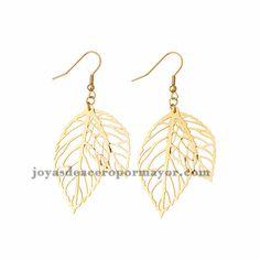 aretes de hojas de dorado en acero-SSEGG1094326