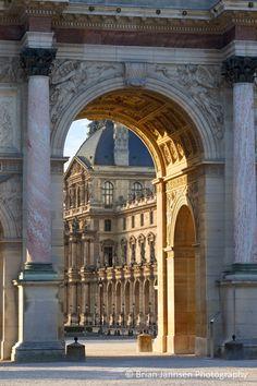 Arc de Triomphe du Carrousel and Musse du Louvre, Paris, France. © Brian Jannsen Photography