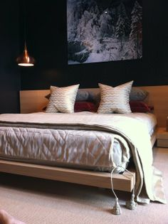 Tricia Huntley | Huntley & Co.  Montreux, Switzerland Guest Bedroom