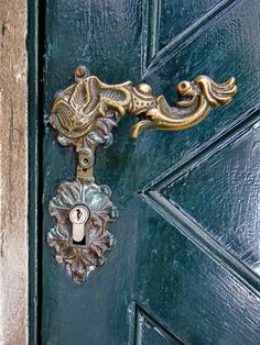 door handle in Dubrovnik, Croatia. Photo: Treye Rice