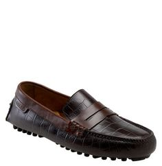men's cole haan driving moccasin, this shoe is a total Babe Magnet. Wearing a good looking leather shoe is important.