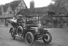 From svgs.org. 1910 Rover 8HP Tonneau. I see this as Piers' car.
