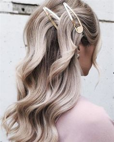 Popular Types Of Hair Clips & Ideas To Individualize Your Hairdo Big Hair, Wavy Hair, Blonde Hair, Curls Hair, My Hairstyle, Pretty Hairstyles, Twa Hairstyles, Indian Hairstyles, Balayage Blond