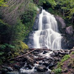 The hiking time is negligible with less than 0.1 miles to view the Moss Glen Falls in Granville. It's located in the Green Mountain National Forest, but can be seen from the road making it handicapped accessible.