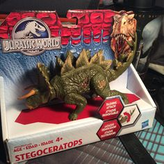 Stegoceratops from Jurassic World Toys belongs to Universal Pictures.