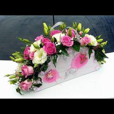 """Цветочная композиция """"Сумочка"""", из роз и эустомы #цветы #розы #эустома #корзиныцветов #цветочнаякомпозиция #корзинацветов #корзинасцветами #цветыназаказ #доставкацветов #доставкацветовкраснодар #краснодар #florist123 #cvetochniyvals #купитьбукет #цветывкраснодаре #цветыкраснодар #краснодарцветы #флорист123 #цветысдоставкой #цветысдоставкойвкраснодаре"""
