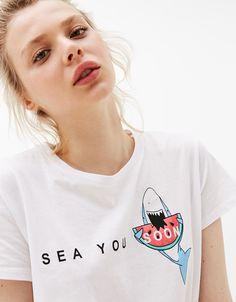 Camiseta estampado 'Shark/Pug' - Camisetas - Bershka Mexico