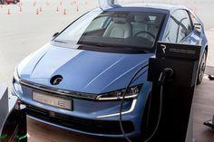 #VW инвестирует в электромобили и батареи около 84 млрд долларов. Обещают выпустить на рынок около 300 моделей электромобилей к 2030 году