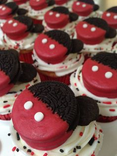 Oreo Mickey Mouse Cupcakes- I like the black and red sprinkles w/ white frosting.