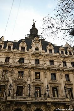 """MisteriosaBsAs: Edificio """"La Prensa"""" Para saber más sobre arquitectura y su historia visita www.solerplanet.com"""