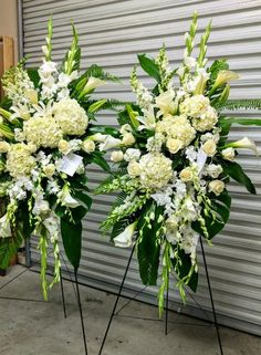 White Standing Spray - Flora Funeral (Flowers Are Happy) Casket Flowers, Grave Flowers, Cemetery Flowers, Funeral Spray Flowers, Funeral Sprays, Flower Wreath Funeral, Condolence Flowers, Sympathy Flowers, Funeral Floral Arrangements