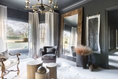 Black, White, and Style All Over with Elle Decor