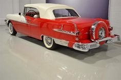 1956 Pontiac Star Chief Convertible Pontiac Star Chief, Plymouth, Convertible, Antique Cars, Vehicles, Vintage Cars, Cars, Vehicle