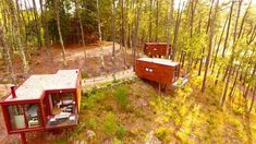 Looking for respite from the noise and stress of the big city? Check out these gorgeous shipping container treehouses located in Portugal. Small Lounge, Lounge Areas, Portugal, Parque Natural, Douro, Bike Trails, Stunning View, One Bedroom, Glamping