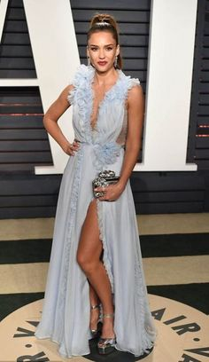 Dress: gown prom jessica alba slit plunge oscars 2017 sandals clutch