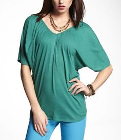 RUCHED V-NECK WEDGE TEE at Express  I am a little addicted to this color this season.