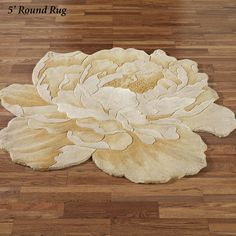 The free-form floral motif on the Midas Peony Flower Shaped Round Rugs will make a wonderful addition to your home. Flower rugs are hand-tufted and handcarved in China of wool with viscose accents. Affordable Rugs, Latch Hook Rugs, Cheap Carpet Runners, Blue Carpet, Peony Flower, Floral Motif, Floral Rugs, Round Rugs, Bathroom Rugs