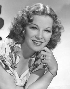 Image Detail for - Glenda Farrell (PD) from the Probert Encyclopaedia Photo Library Hollywood Cinema, Vintage Hollywood, Hollywood Glamour, Classic Hollywood, Classic Movie Stars, Classic Films, Glenda Farrell, The Jazz Singer, Famous Photos