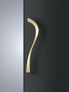Jewelry Hardware Inspirations: High-End Home Decor Examples ⇒ It is known that sometimes it is hard to envision how Hardware Pieces can be applied to luxury hom Knobs And Handles, Cabinet Handles, Knobs And Pulls, Door Handles, Drawer Hardware, Door Pulls, Main Door Handle, Showroom, Wardrobe Handles