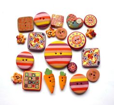 set of 21 buttons  carrots and arlequin  handmade by Chifonie, €10.00