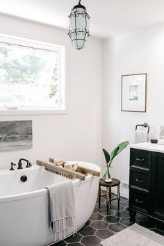 8 Bright Tips: Bathroom Remodel Farmhouse Budget bathroom remodel modern floating vanity.Bathroom Remodel Before And After Ideas master bathroom remodel tile. Bathroom Renos, Bathroom Interior, Small Bathroom, Master Bathroom, Bathroom Ideas, Bathroom Renovations, Ocean Bathroom, Bathroom Wall, Bathroom Remodelling