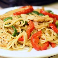 Cajun Chicken Pasta - Cajun cooking is a combination of French and Southern cuisine. It is robust, country style cookery - and so is this dish! Laissez le bon temp roulez and bon appetit! This dish is wonderfully different. Cajun Chicken Pasta, Chicken Pasta Recipes, Shrimp Pasta, Cajun Cooking, Cooking Recipes, Healthy Cooking, Healthy Meals, Healthy Food, Healthy Recipes