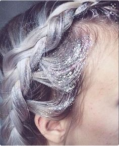 Heavenly braid, hair colour, and glitter. perfect! XX via: Lime Crime/ Festival Brides