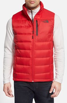 Really digging the color of this North Face vest. Not only is it look sharp, but the goose down fill makes it really warm!