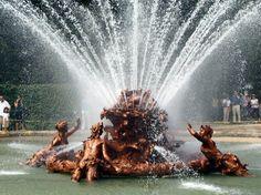 Fuente del Canastillo en el Palacio de la Granja de San Ildefonso en Segovia cerca de Madrid