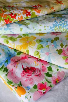 Vintage Sheet Swap by jenib320, via Flickr.........hrt, love this! Patterns, colors....allllllll of it !