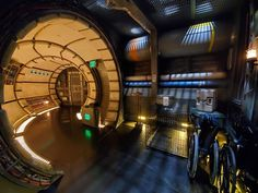 The Millennium Falcon is docked at the Black Spire Outpost on Batuu in Star Wars: Galaxy's Edge and she's looking for a flight crew to help pilot her on a new adventure on the new Mille… Star Wars Boba Fett, Star Wars Clone Wars, Star Trek, Star Wars Room, Star Wars Art, Darth Vader Lego, Darth Maul, Boba Fett Action Figure, Millennium Falcon Model