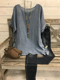 Shirts & Tops, Casual T Shirts, Half Sleeves, Types Of Sleeves, Dresses With Sleeves, Estilo Fashion, Look Fashion, Fashion For Women, Fashion Over 50