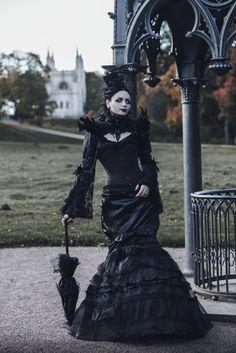 Like the WGT by BlackMart #gothic #blackmart #gothicmodel #victoriangothic  Ph: Stanislav Alexashin  Md: Katherine Baumgertner  Dress: Katherine Baumgertner Photoplanair by Delirium 01/10/2016