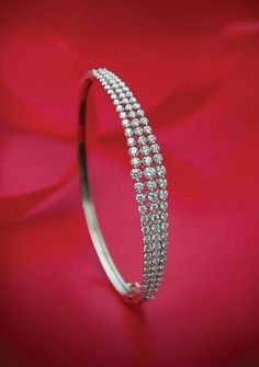 Diamond Bracelets, Diamond Jewelry, Bangle Bracelets, Gold Jewelry, Jewelery, Bangles, Gold Pendent, Bracelet Designs, Necklace Designs